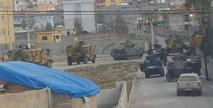 20 detained as thousands are forced to leave Silopi