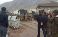 People walking to Cizre start vigil upon blockade by police