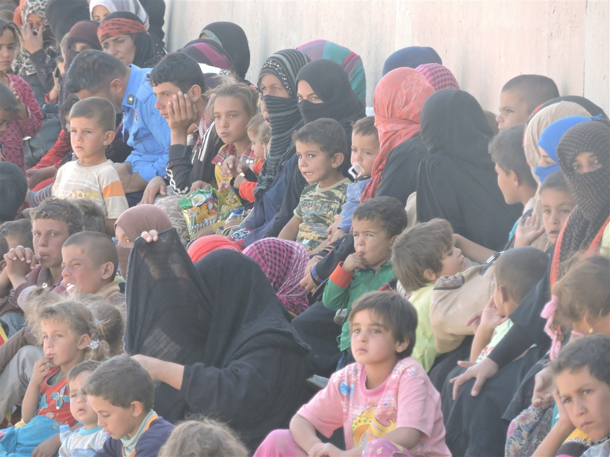 Hundreds of people fleeing ISIS seek refuge in Kirkuk