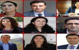 Arrested Kurdish MPs send messages